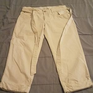 NEW W/O ORIGINAL TAG JOES JEANS CROP PANT. SIZE 2